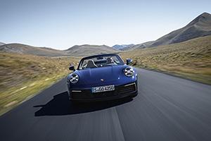 Topless de zomer in met de Porsche 992 Cabriolet