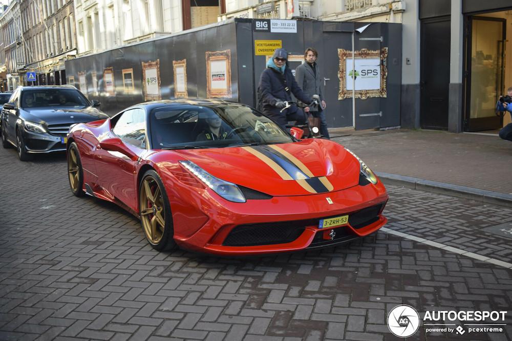 Spot van de dag: Ferrari 458 Speciale!