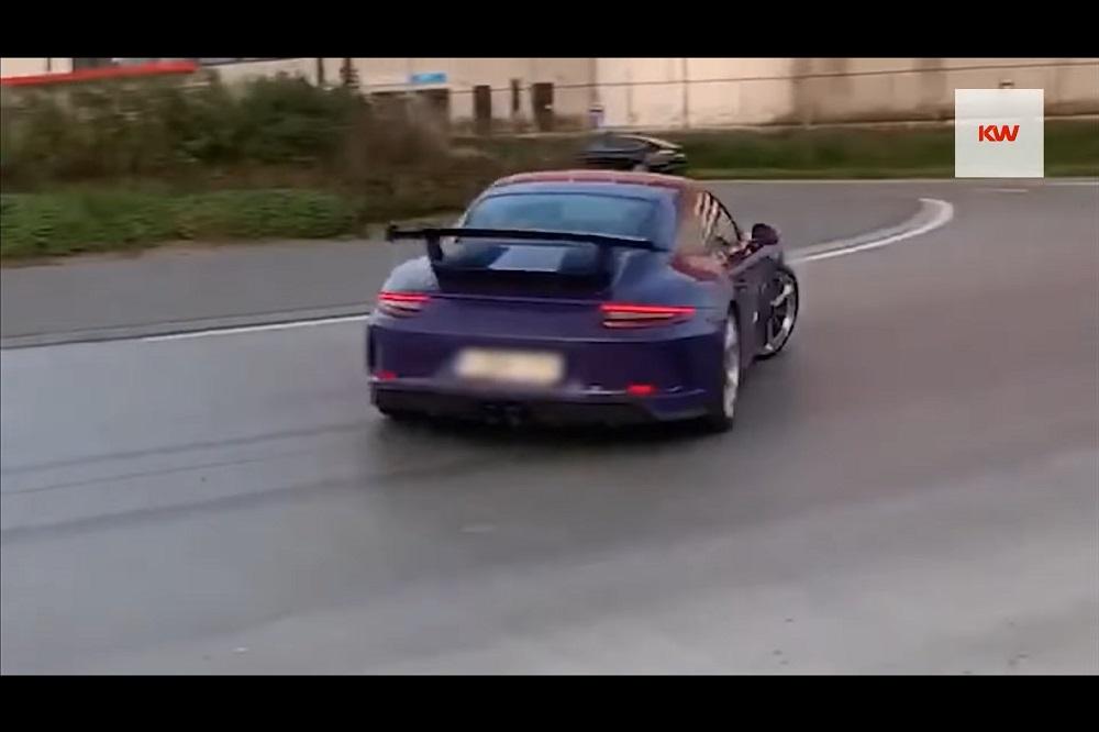 Belg gooit z'n Porsche GT3 dwars als een baas