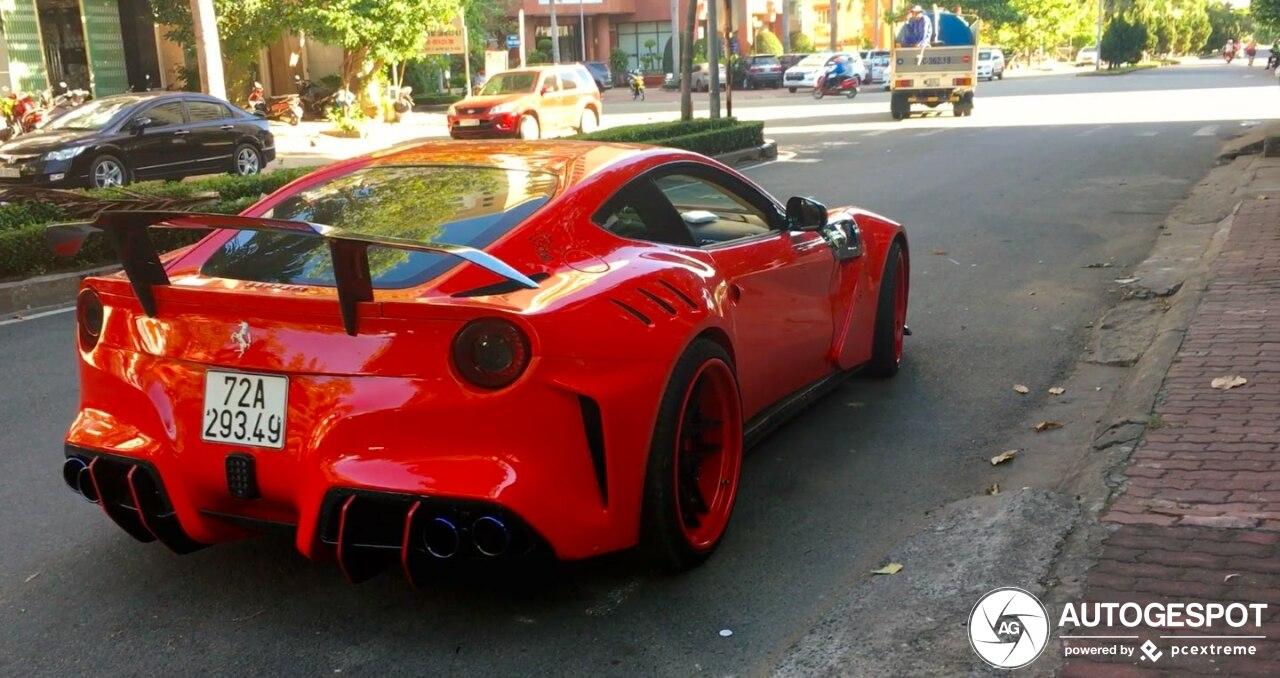 Gespot: Ferrari F12 Duke Dynamics