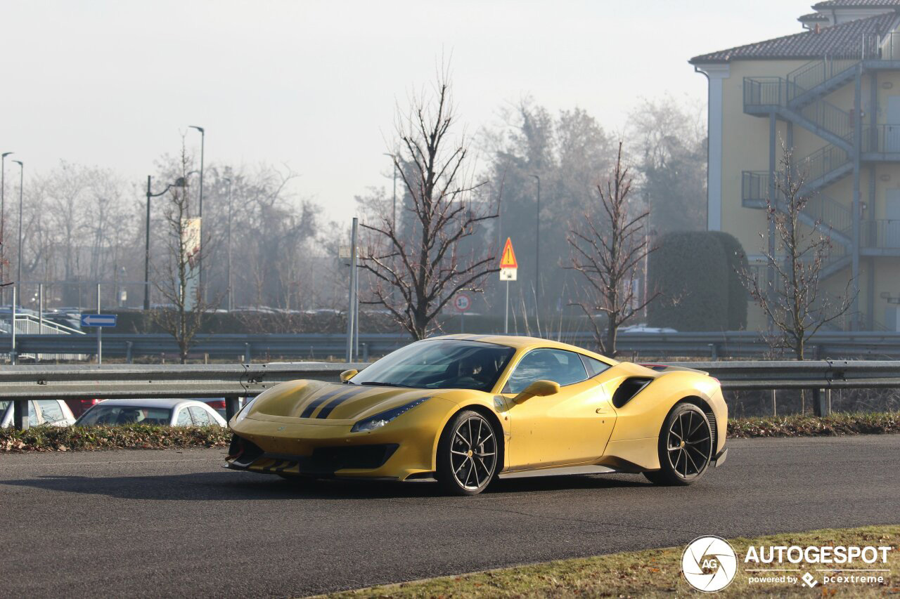 Spotted Finally The First Yellow Ferrari 488 Pista