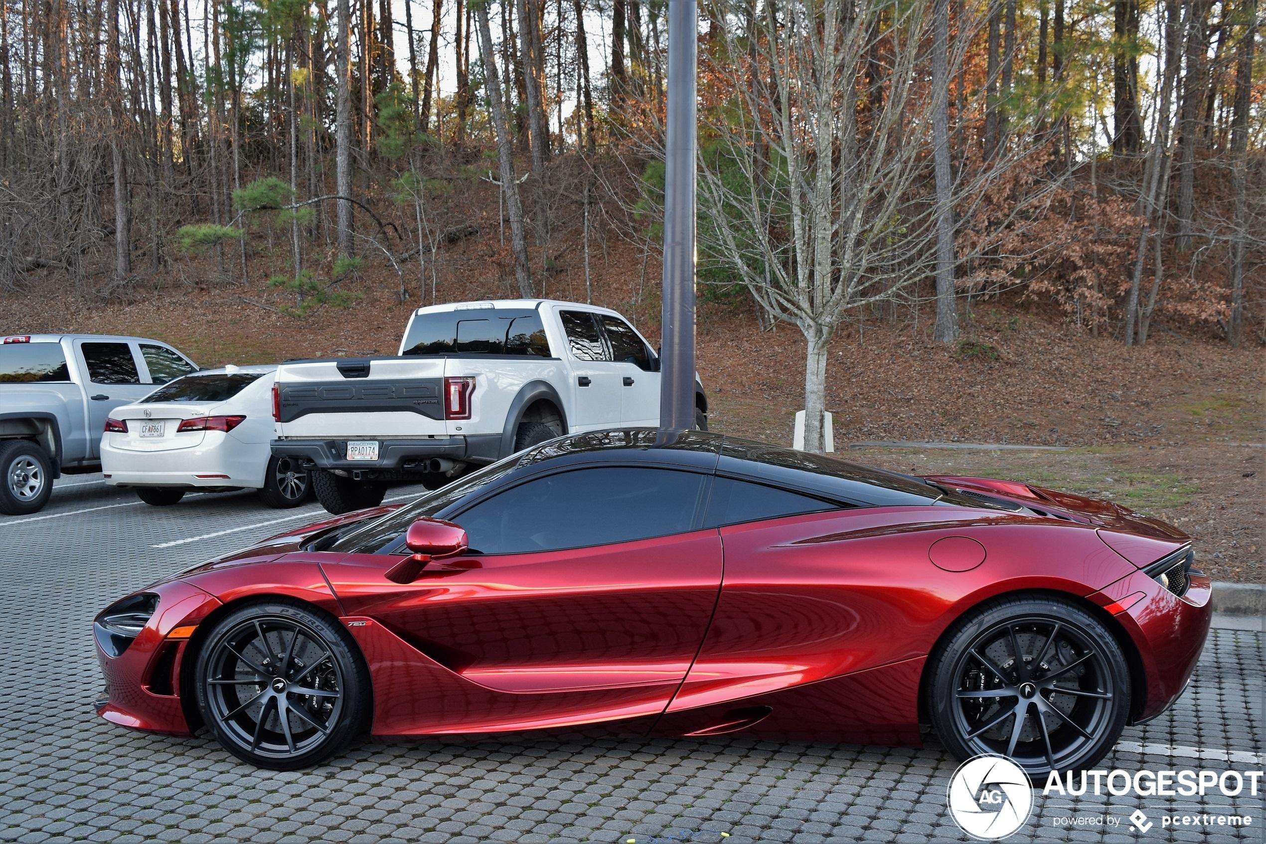 Is Volcano Red de beste kleur voor de McLaren 720S?