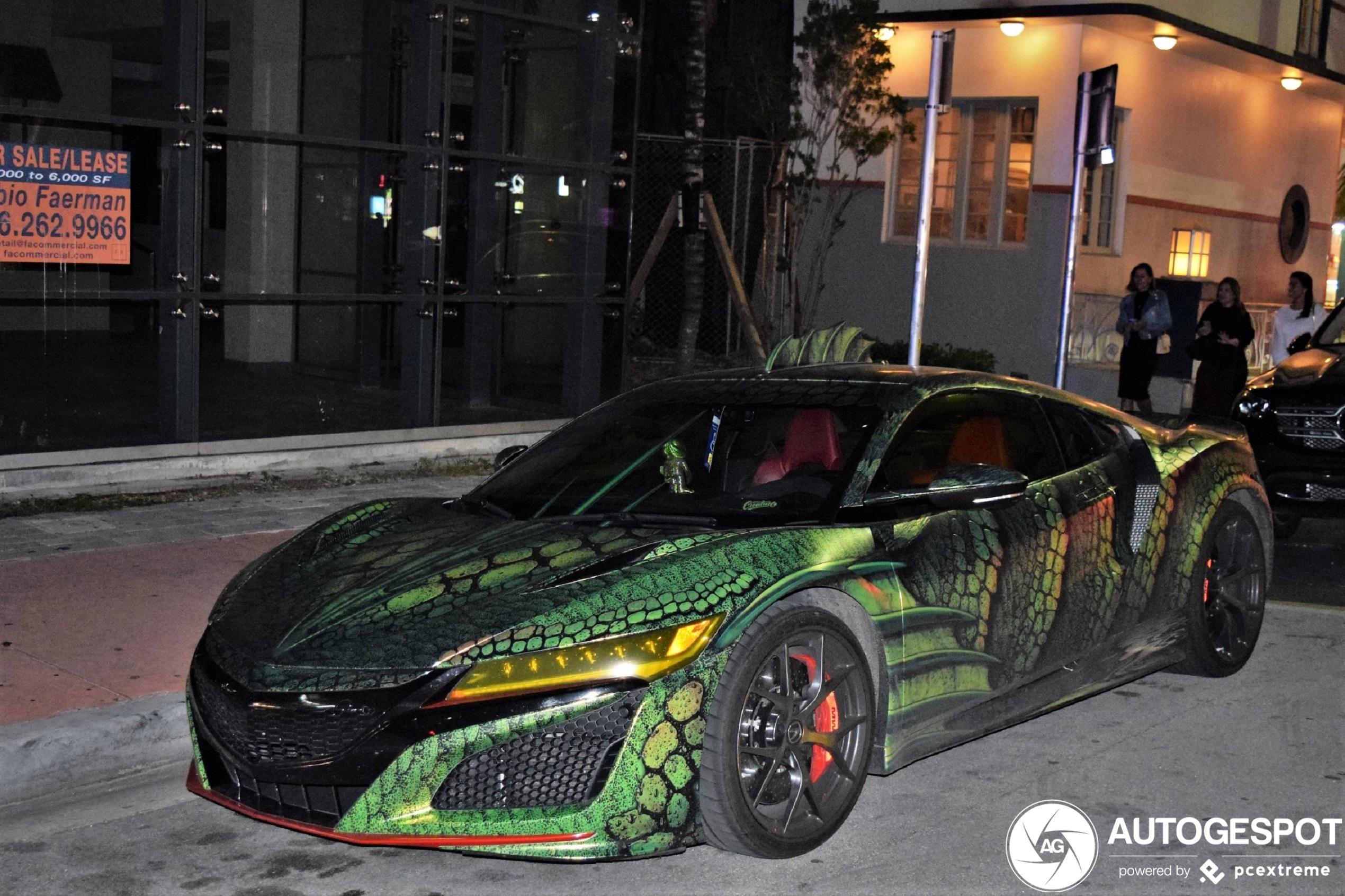 Monsterlijke Acura NSX terroriseert Miami