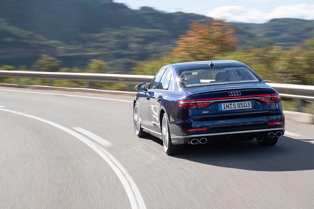 Audi S8 nu te configureren en bestellen bij de dealers