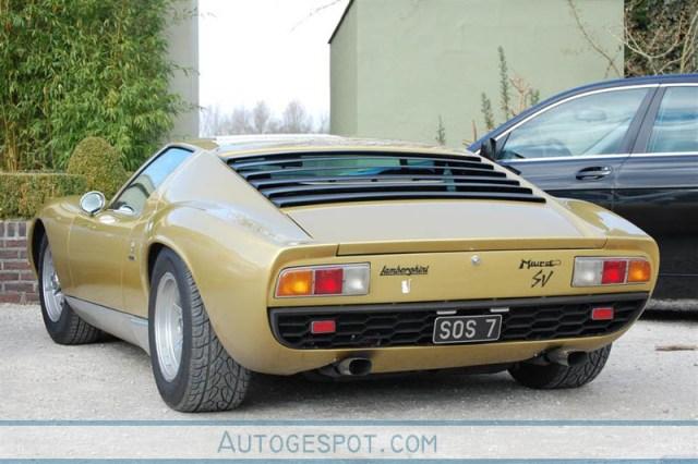 Gespot: Lamborghini Miura SV