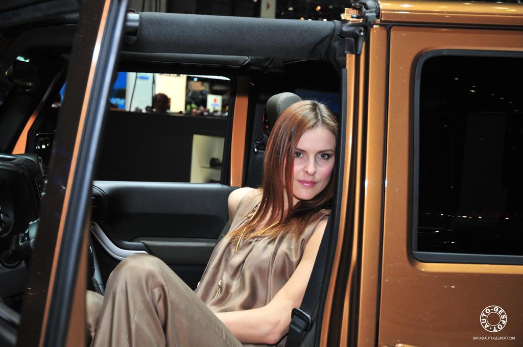Geneve 2011 Vrouwelijk Schoon Op De Beurs Deel Twee