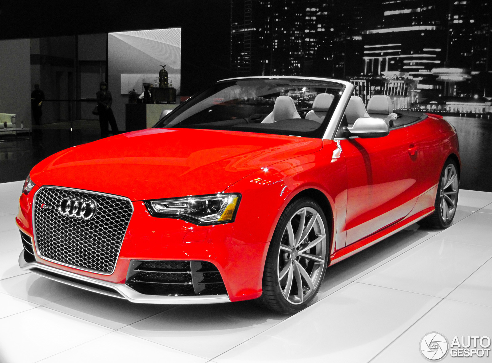 chicago motor show 2013 audi rs5 cabriolet. Black Bedroom Furniture Sets. Home Design Ideas