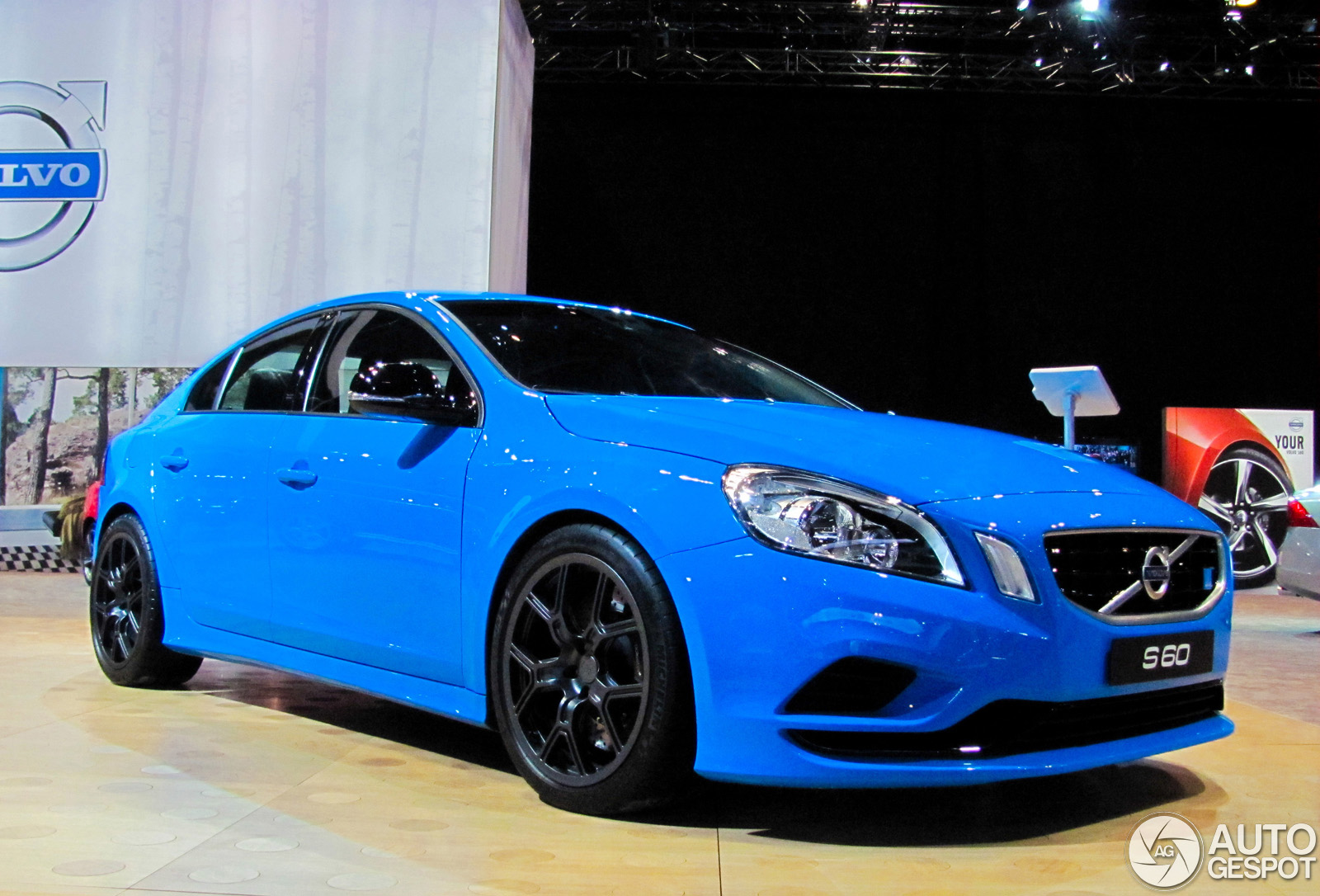chicago motor show 2013 volvo s60 polestar performance concept. Black Bedroom Furniture Sets. Home Design Ideas