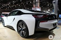 Chicago Auto Show 2014: BMW i8