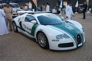 Nova adição à frota da Polícia do Dubai: Bugatti Veyron!