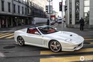 Una Ferrari Superamerica segna l'inizio della primavera a Zurigo