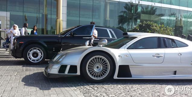 Mercedes-Benz CLK-GTR AMG is zo gek als Dubai zelf