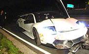 El propietario de un Murciélago LP670-4 SV tiene un accidente