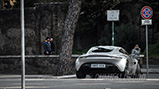 Aston Martin DB10 gespot op de set van James Bond