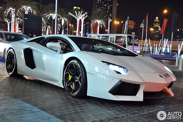 Lamborghini sold already 3,300 Huracáns in 2014