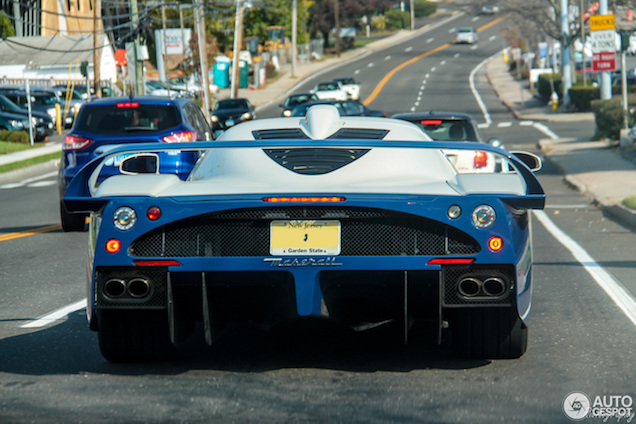 Topspot: Maserati MC12 in Greenwich!