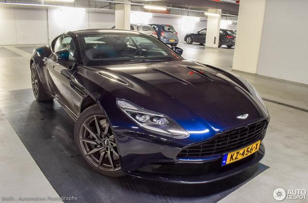 Top 10 Colors Aston Martin Db11