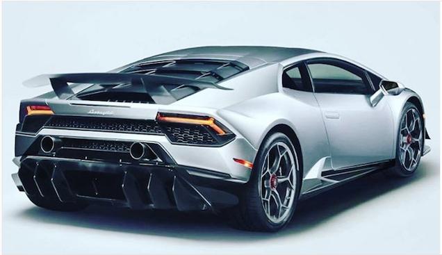 Lamborghini Huracán Performante laat zijn achterste zien