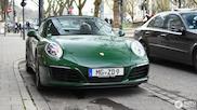 Deze Porsche 911 Targa is een ode aan het verleden