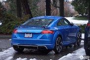 加拿大冬天的完美座驾:奥迪 TT-RS