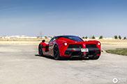 Ferrari LaFerrari Aperta heeft lekker kenteken