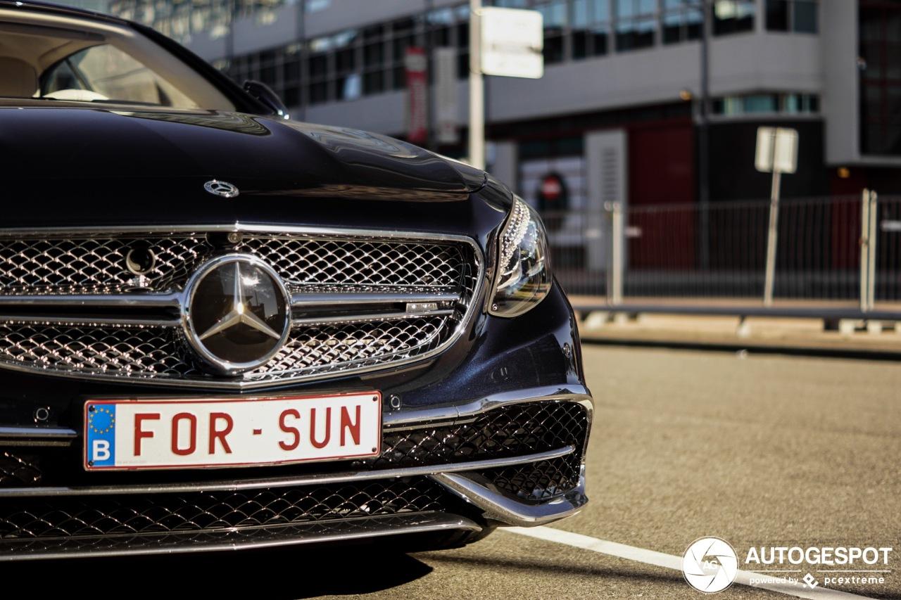 Alleen voor de zon, Mercedes-Maybach S650 cabrio