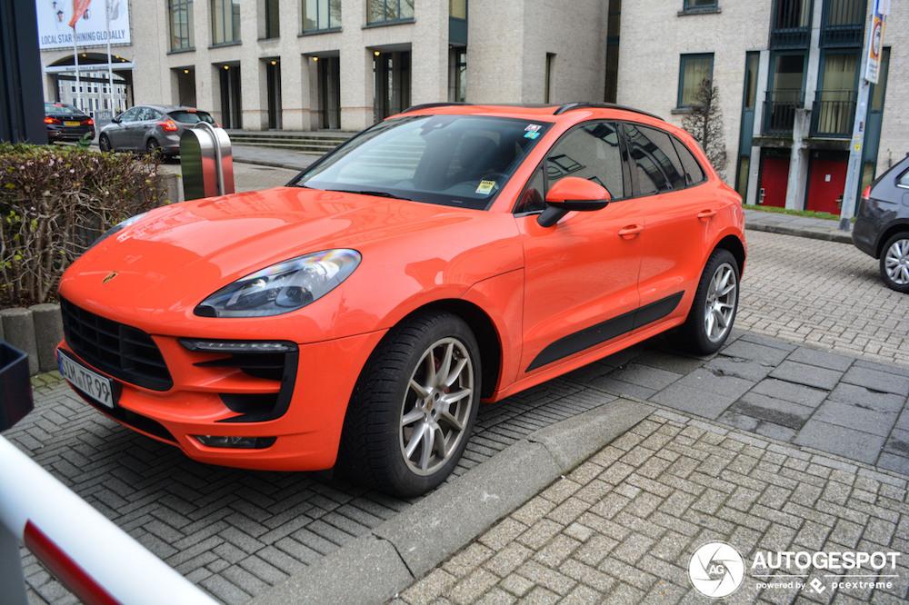 Gespot: Oranje boven in Maastricht