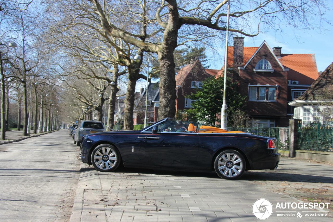 Deze Rolls Royce Dawn is voorzien van een prijzige optie