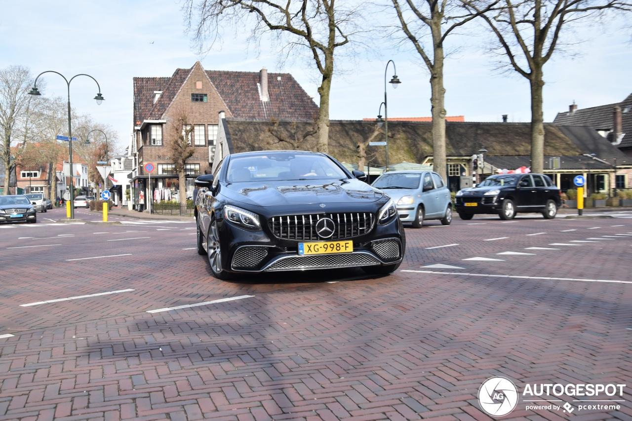 Deze Mercedes Coupé draait op twaalf cilinders