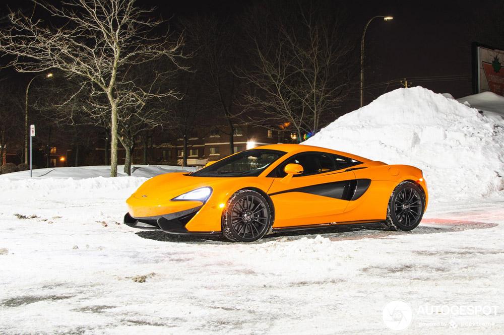 This orange McLaren 570S brings great contrast in the snow