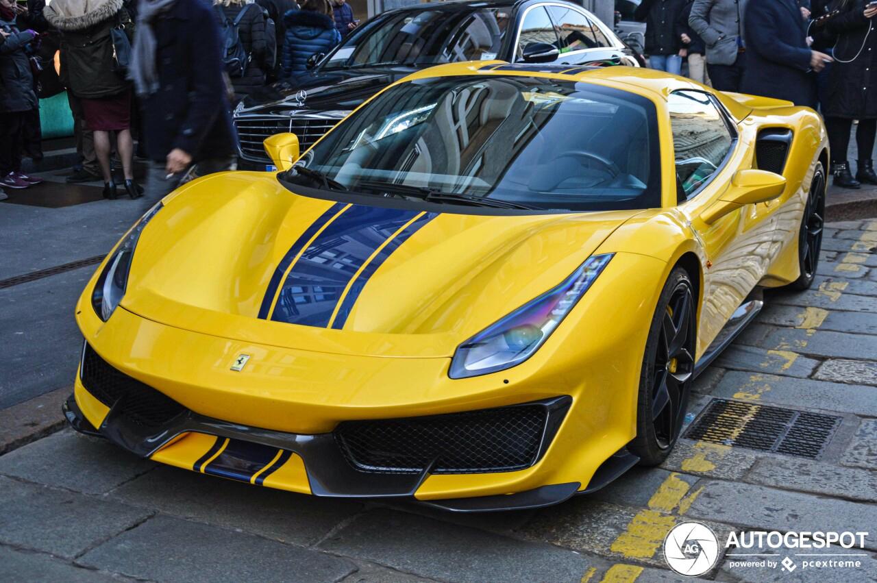 Primeur: Ferrari 488 Pista Spider