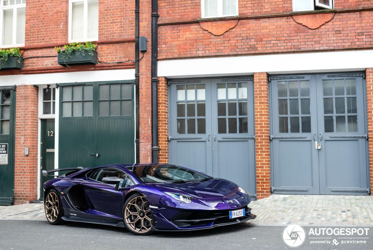 Top Spot: Purple Lamborghini Aventador SVJ