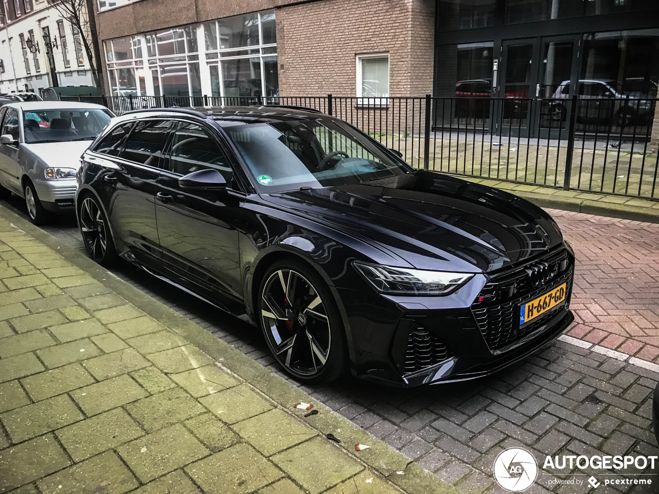 Already on the streets: Audi RS6 Avant C8
