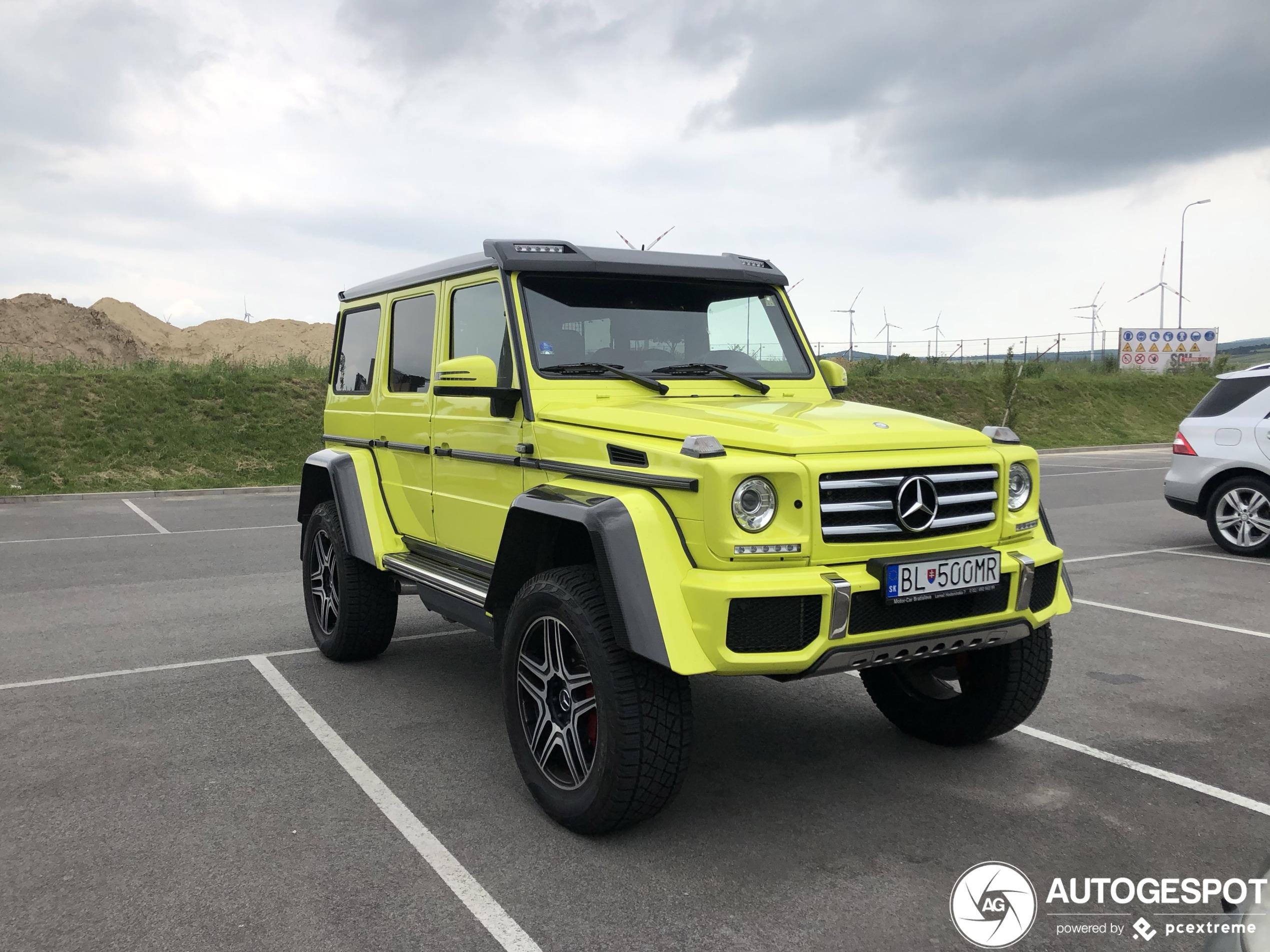 Mercedes-Benz G 500 4X4² populair in het geel