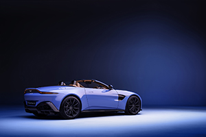 Aston Martin drops the new Vantage Roadster