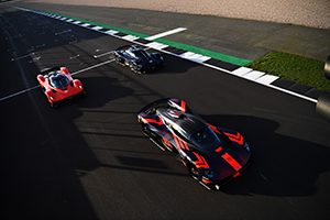 Aston Martin Valkyrie gets driven by Formula 1 Pros