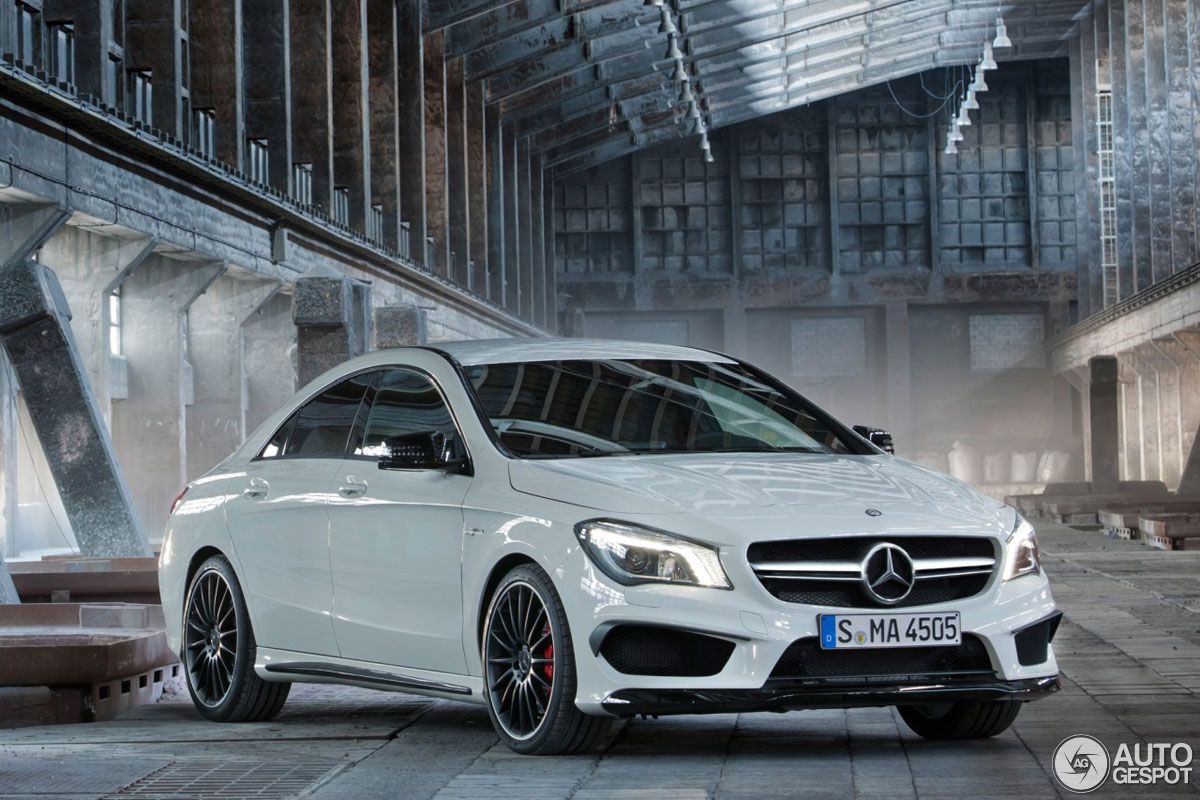 the first pictures of the compact mercedes benz cla 45 amg are leaked. Black Bedroom Furniture Sets. Home Design Ideas