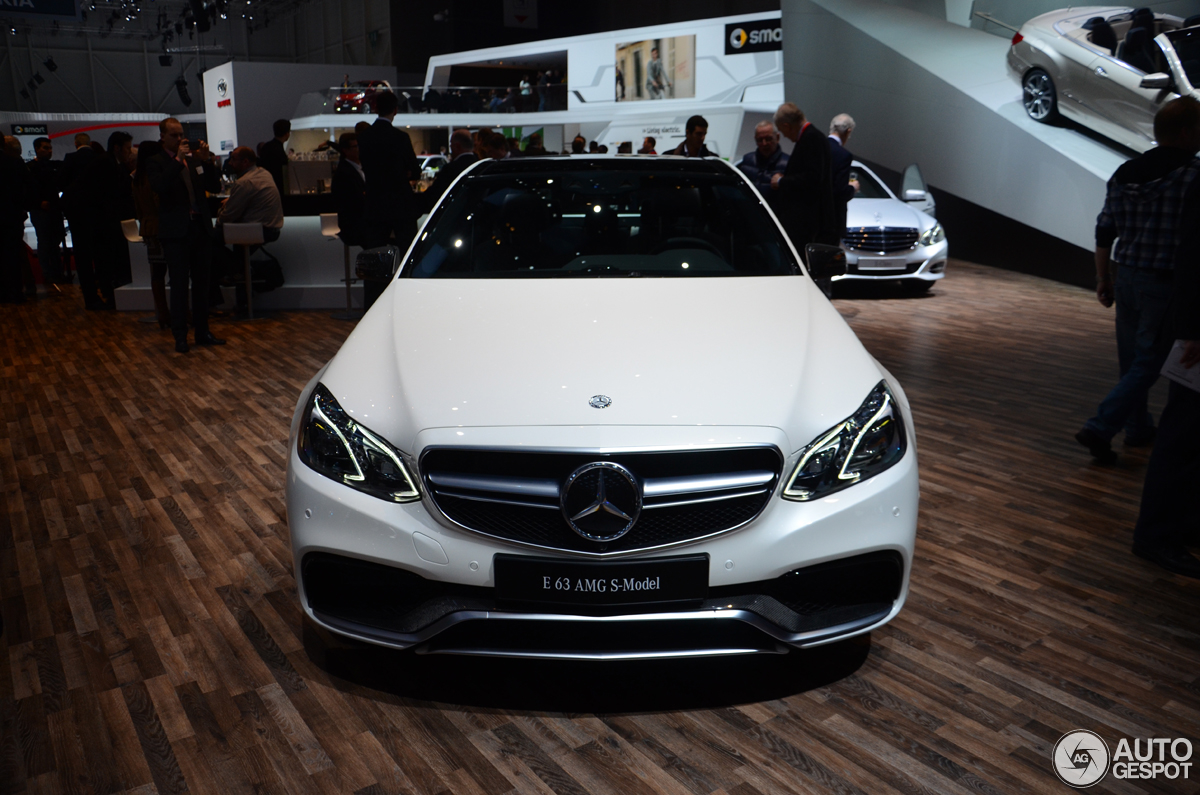 Ginevra 2013 mercedes benz e 63 amg s w212 for Mercedes benz stadium box office hours