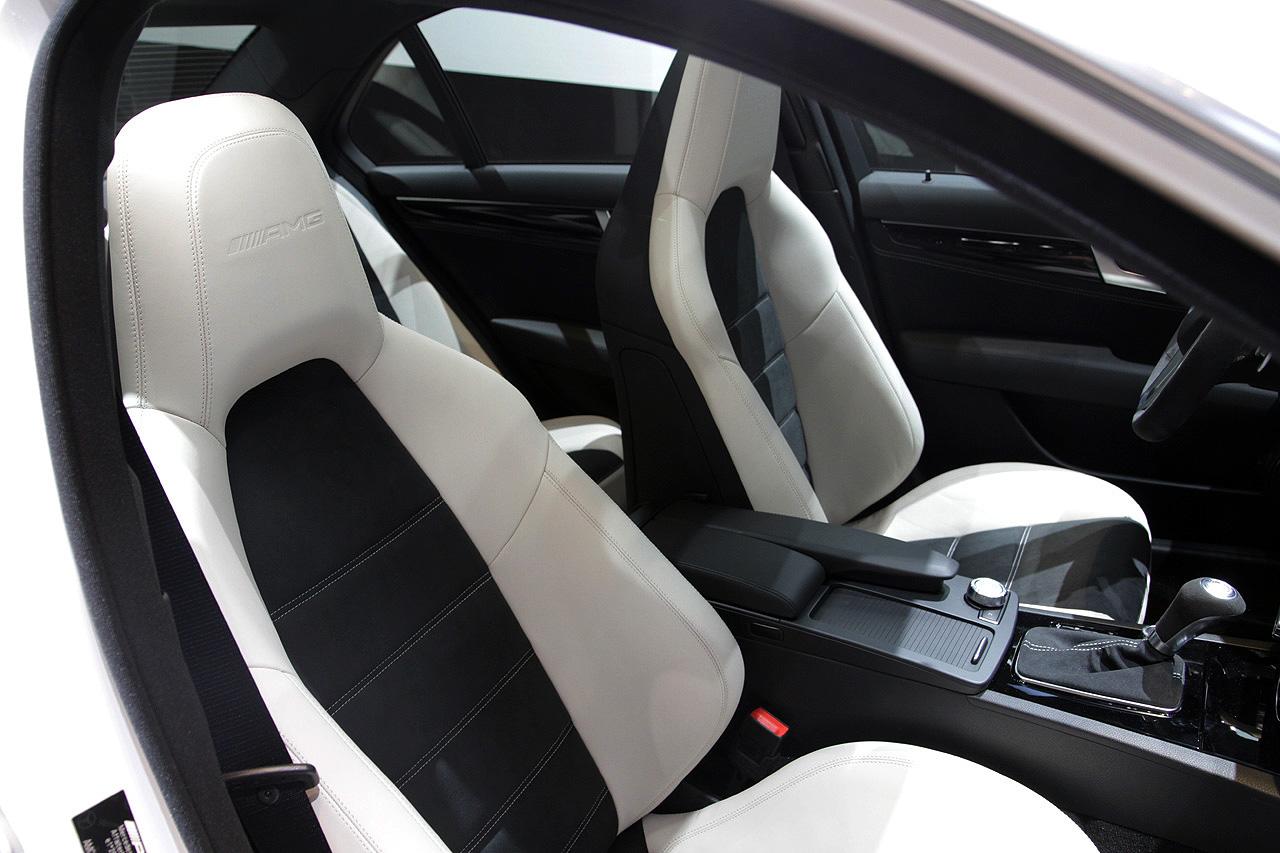 Gen ve 2013 la mercedes benz c 63 amg edition 507 - Tapizados de coches en sevilla ...