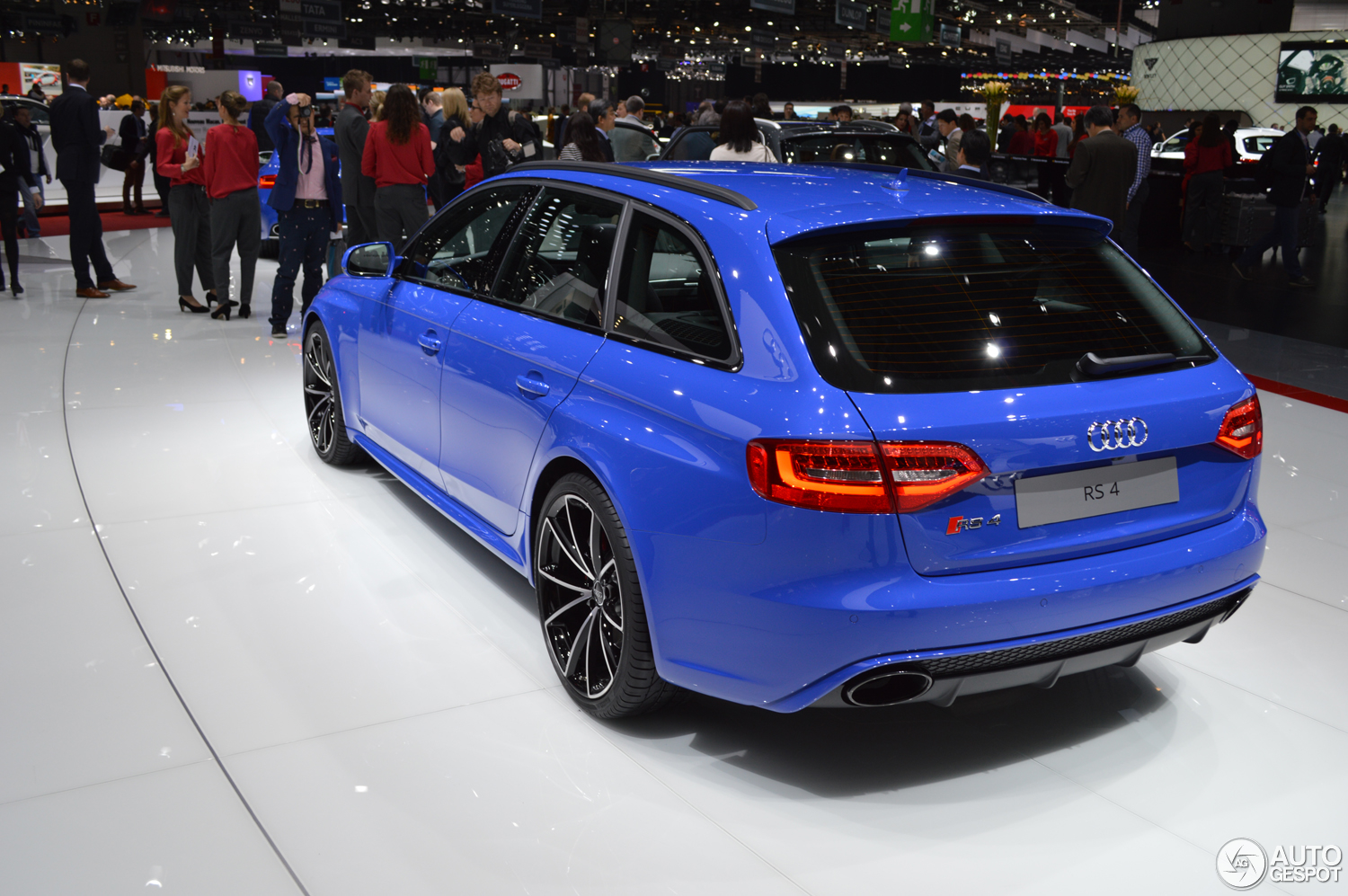 Geneva 2014: Audi RS4 Avant Nogaro selection