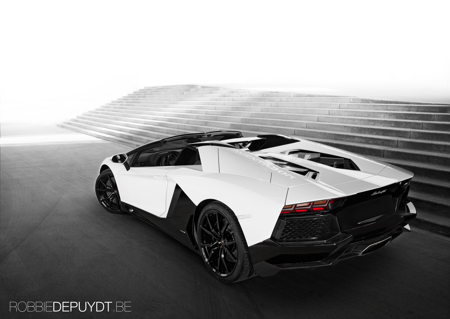 photoshoot lamborghini aventador lp700 4 roadster. Black Bedroom Furniture Sets. Home Design Ideas