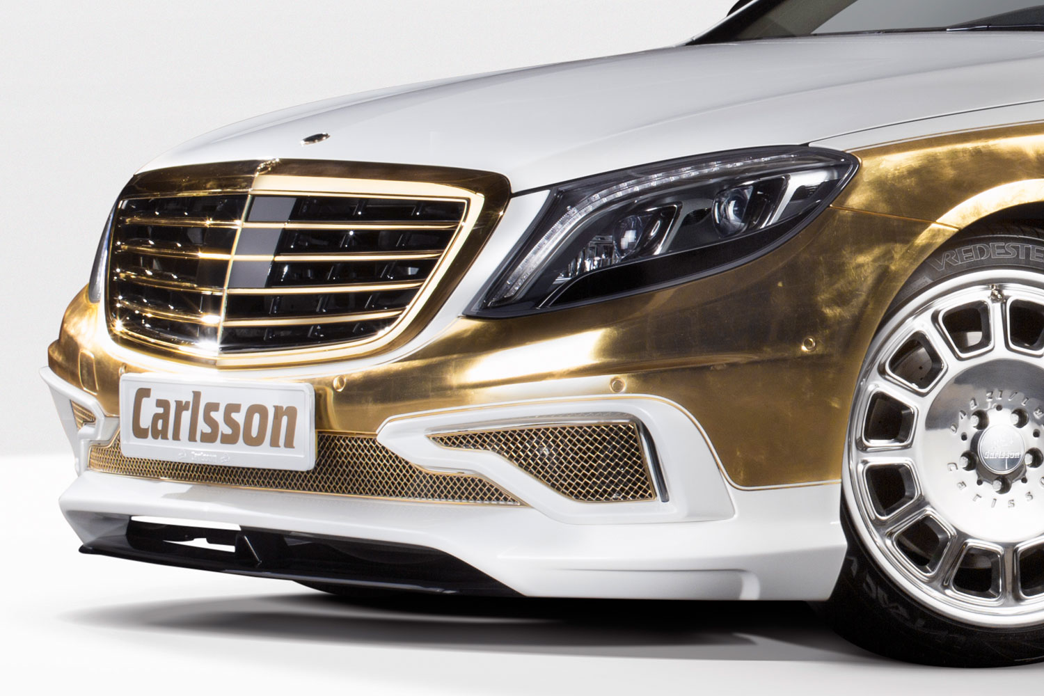 Carlsson Cs50 Versailles Is A Very Expensive Toy For Chinese
