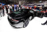 Genewa 2014: Aston Martin DB9 Carbon Black oraz White
