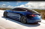 Unplugged Performance slaat de hand aan Tesla Motors Model S