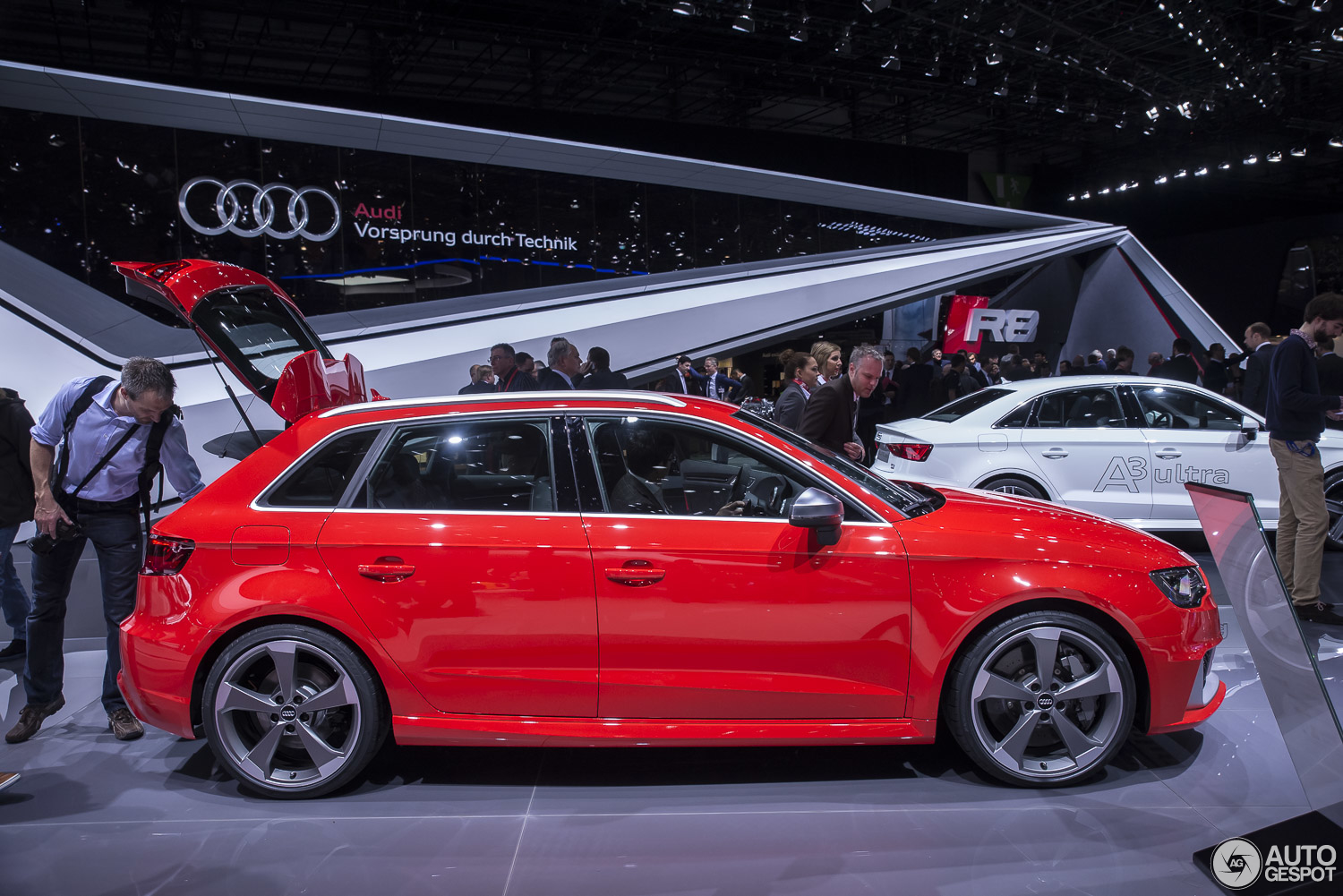geneva 2015 audi rs3 sportback. Black Bedroom Furniture Sets. Home Design Ideas