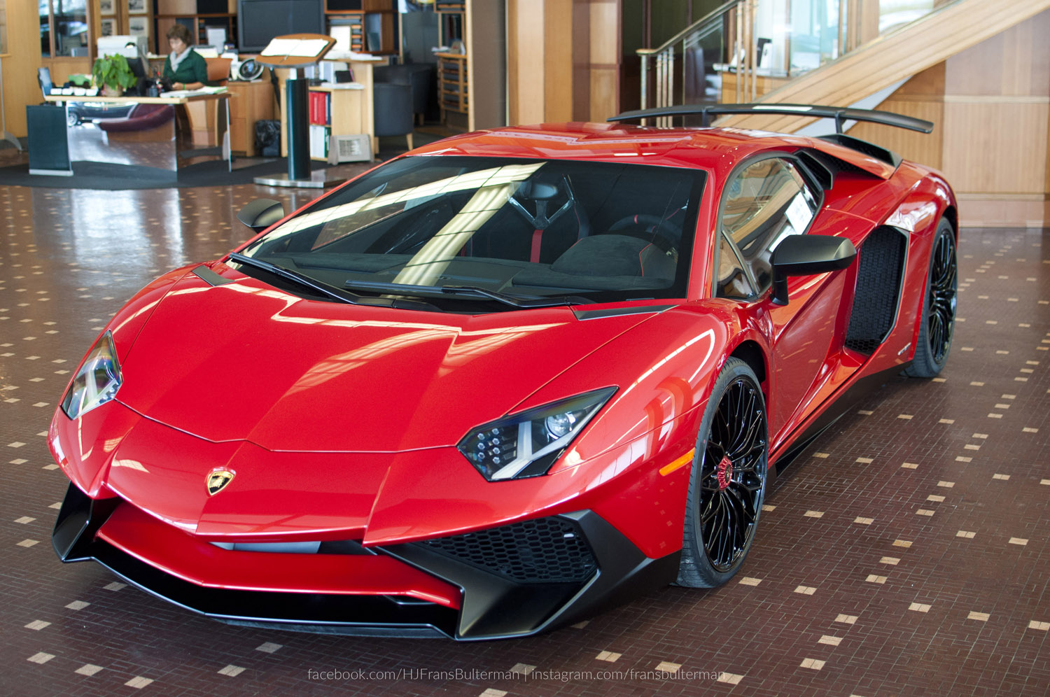 Lamborghini Aventador Lp750 4 Superveloce Shows Up In San
