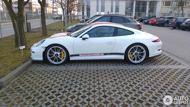 Porsche 911 R nu al gespot