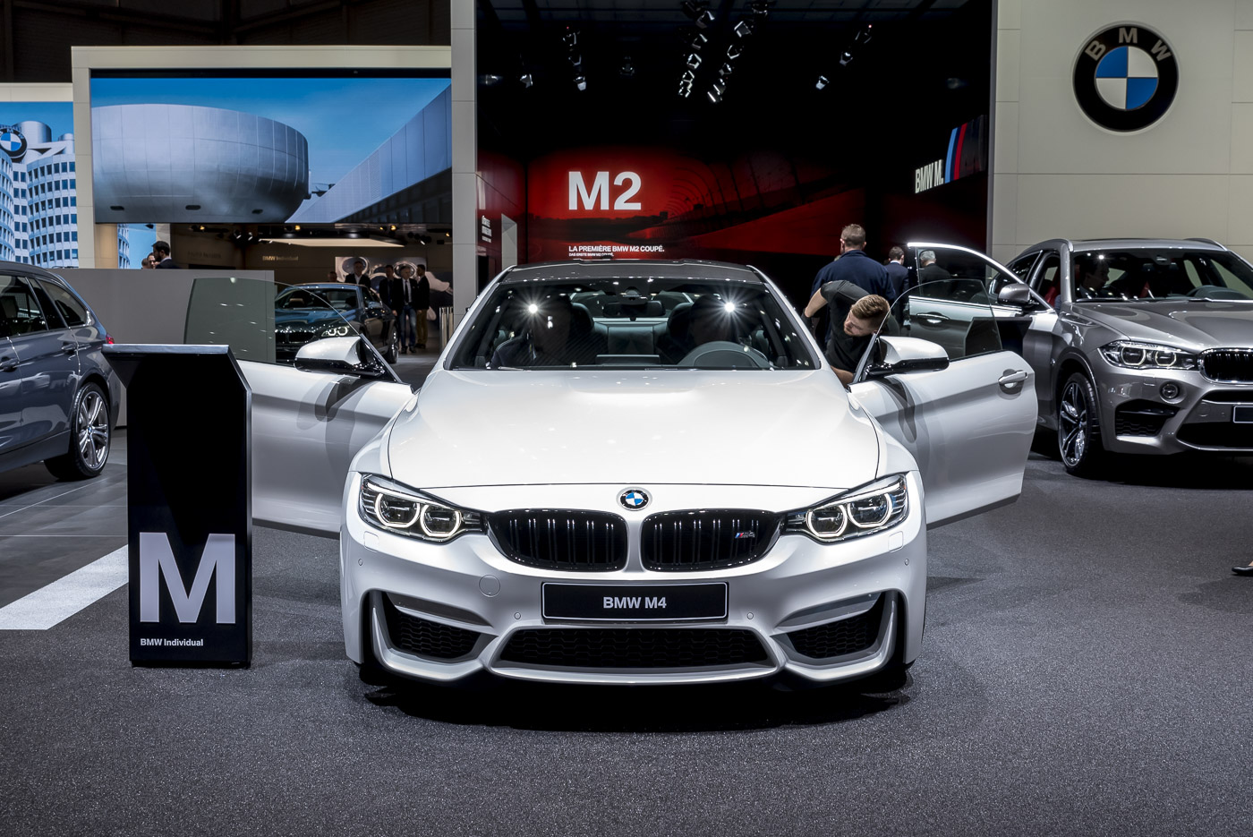 Geneva 2016 Bmw M3 M4 Competition Pack