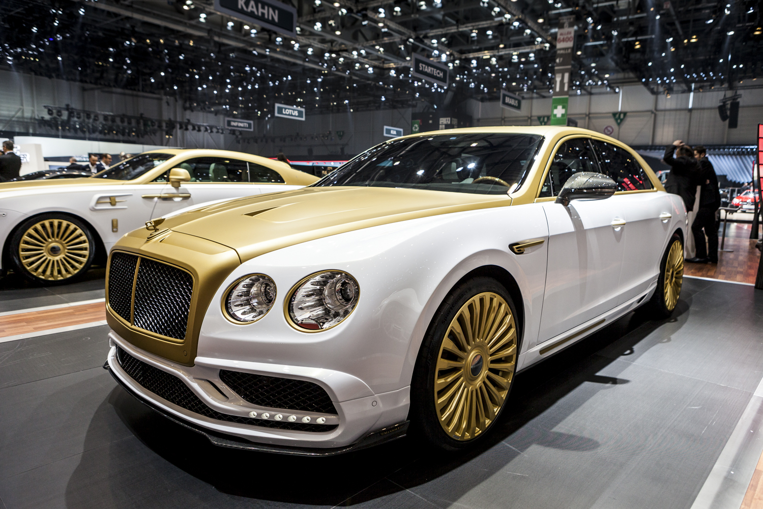 geneva 2016 mansory bentley flying spur. Black Bedroom Furniture Sets. Home Design Ideas