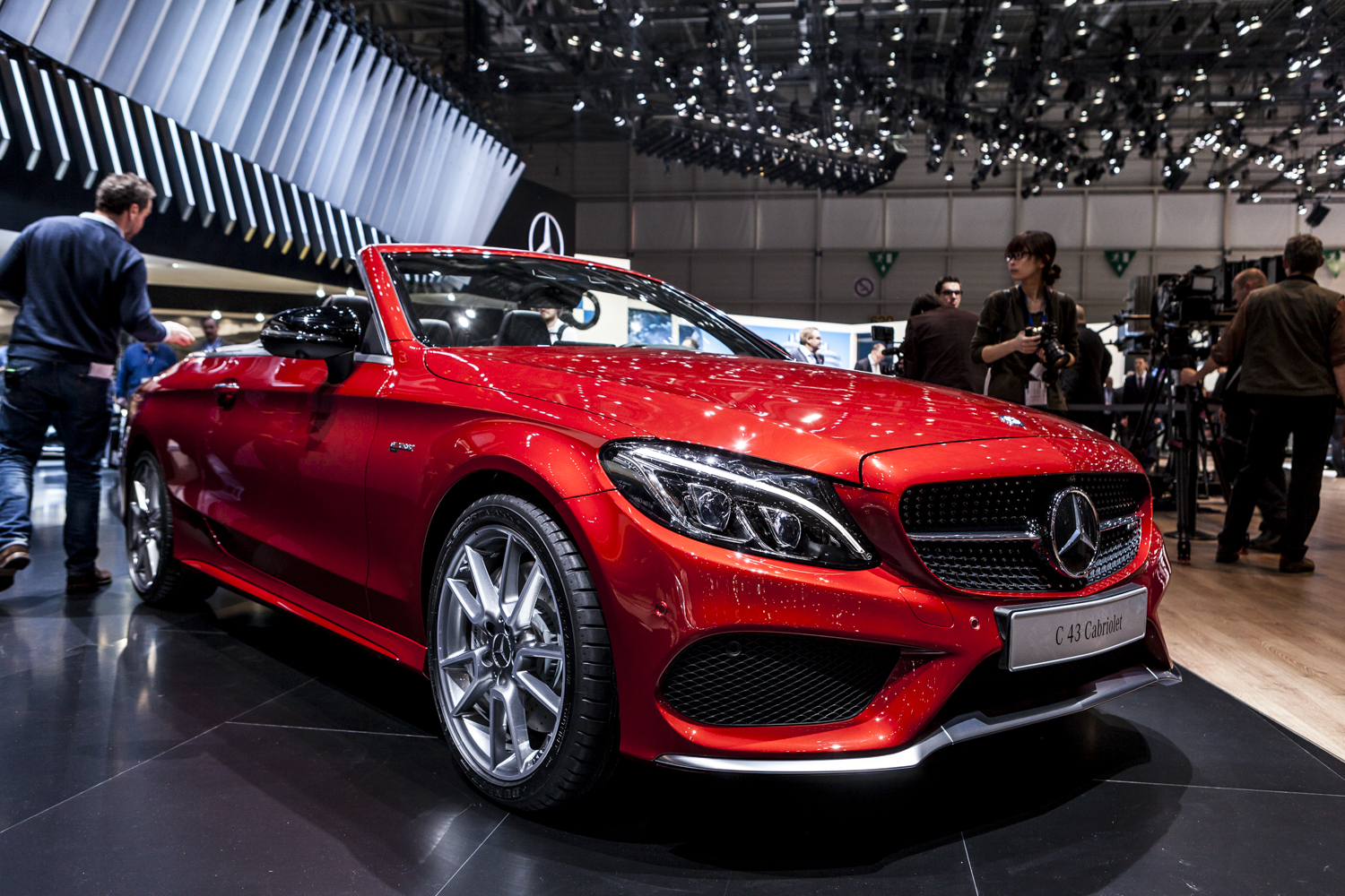 geneva 2016 mercedes amg c43 cabriolet. Black Bedroom Furniture Sets. Home Design Ideas
